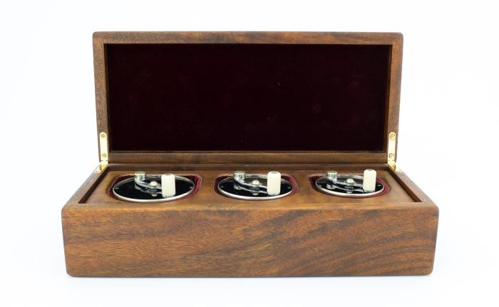 SaracioneDeluxeIIboxedReelSet006-2